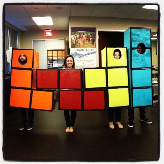 disfraz-grupal-creativo-de-tetris-1